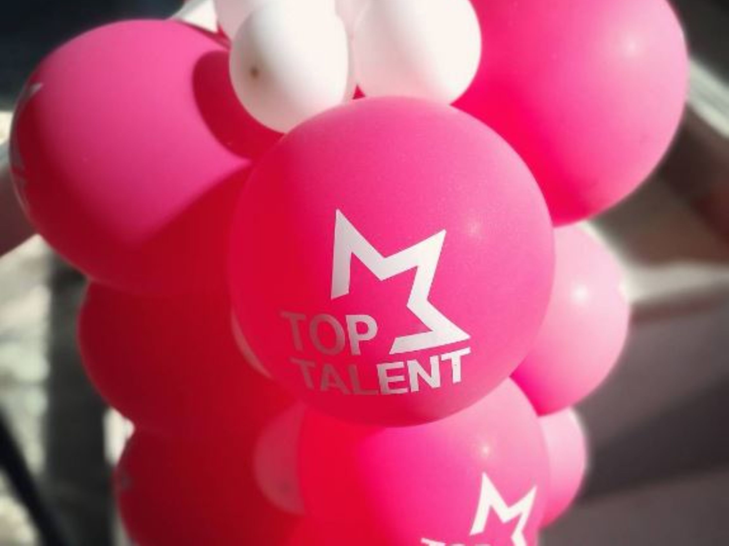 Magenta and white Balloons