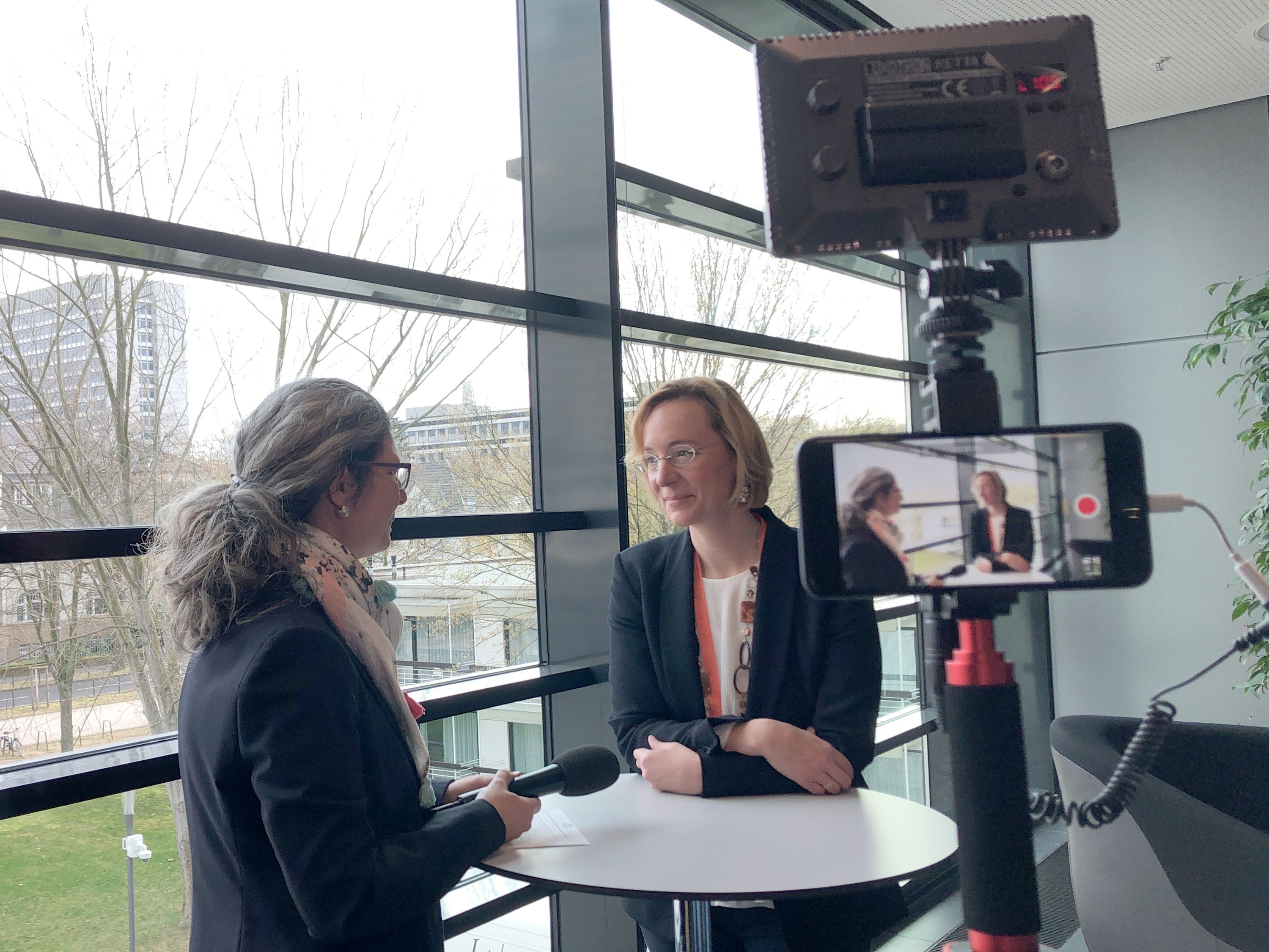 Video-Interview mit Prof. Dr. Sarah Spiekermann.