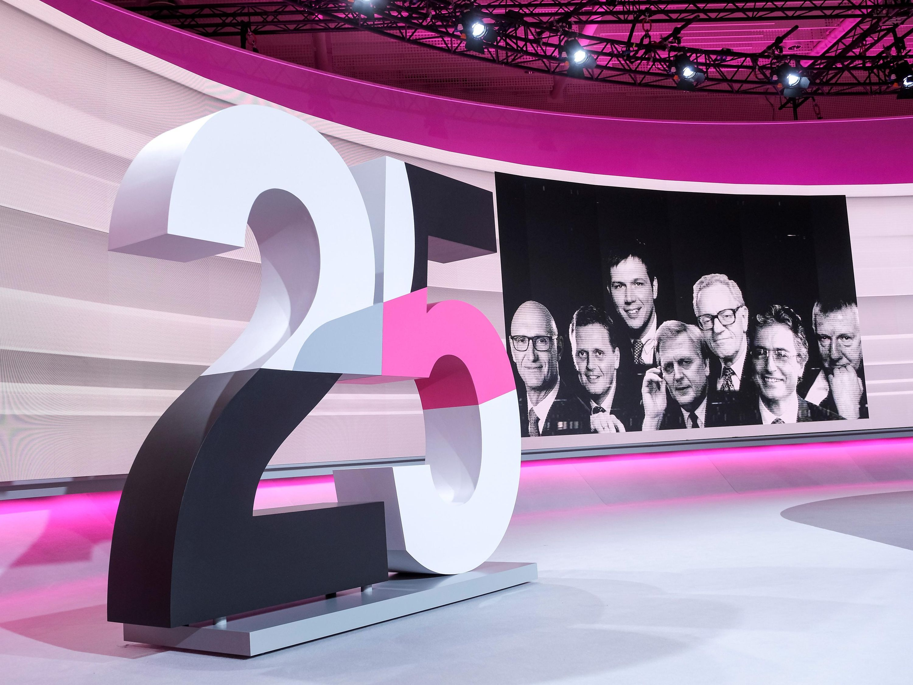 Deutsche Telekom looks back on 25 years of success.